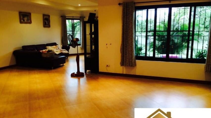 House with large outdoor area with 3 Bed 3 Bath – Hua Hin