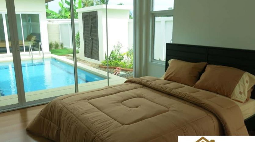 Beautiful Family Pool Villa For Sale in Hua Hin