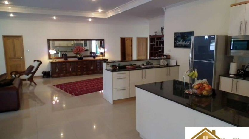 Open Plan 3 Bed Pool Villa Hua Hin – Reduced Price