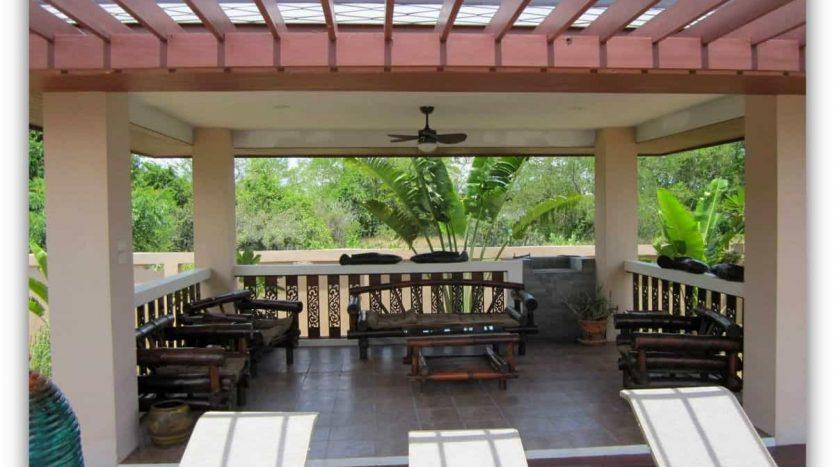 Absolute Beachfront 4 Bed Private Pool Villa in KuiBuri
