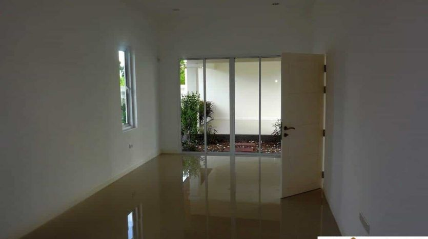 Brand New Home With Chanote Title In Hua Hin Soi 88