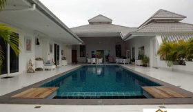 Palm Hills Pool Villa At Fire Sale Price – Cha Am