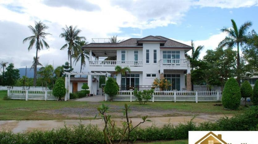 Land for sale Huay Yang – Thap Sakae 300 M to the beach