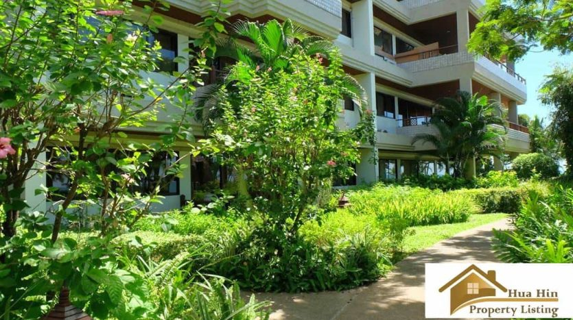 Stunning Sea View Unit In Hua Hin Offering Spacious Living