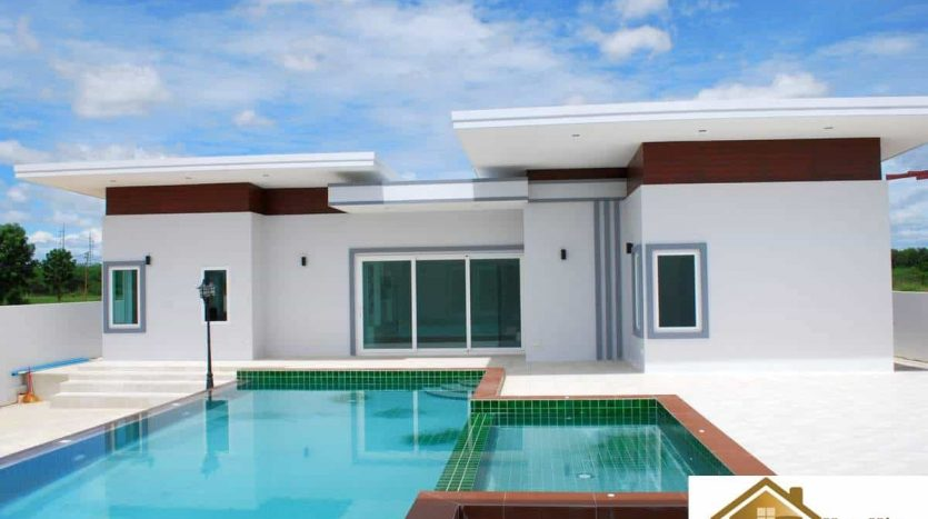 Opportunity To Own 6 Bedroom Pool Villa Hua Hin
