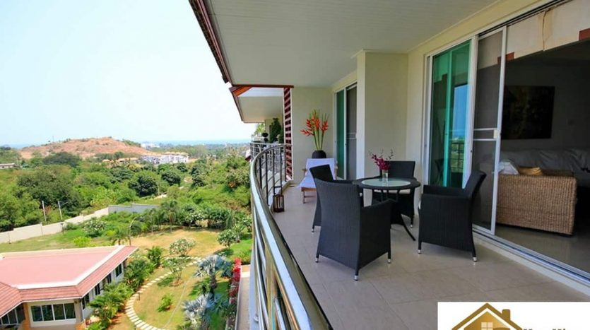 Beautiful 2 Bed Hua Hin Penthouse With Panoramic View