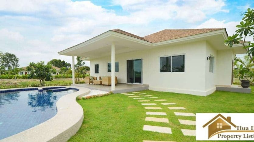 Hua Hin Pool Villa For Sale On A Large Plot Area