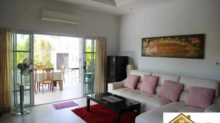 Private 3 Bed Hua Hin Pool Villa In A Great Location
