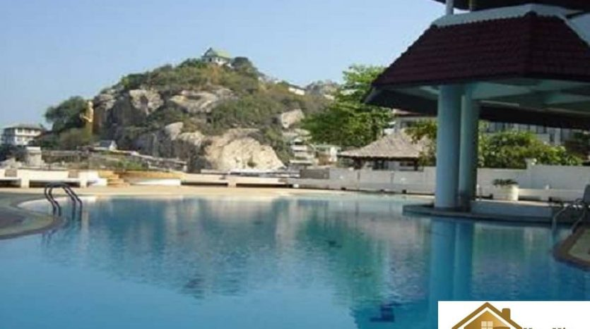Spacious 1 Bedroom Hua Hin Beachfront Unit For Sale
