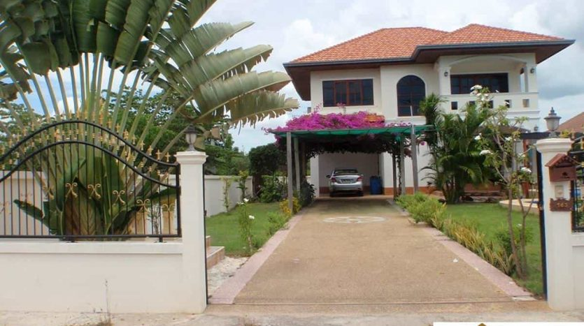 2 Storey Hua Hin Pool Home For Sale