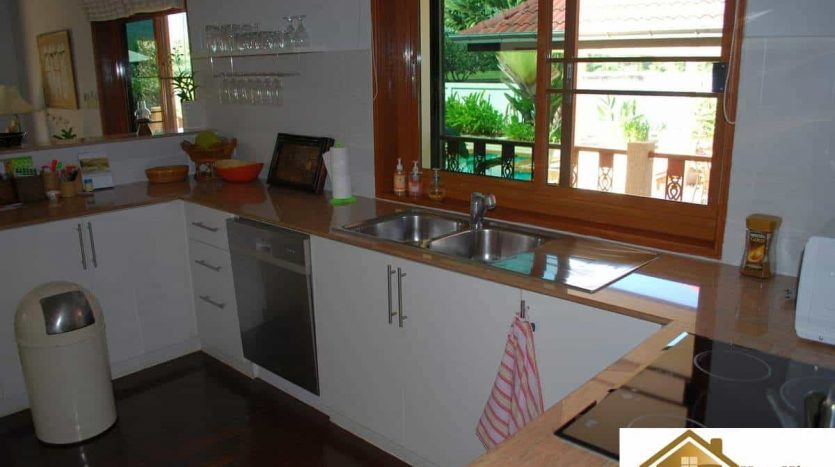 Stunning 3 Bed Hua Hin Villa With Magnificent Mountain Views