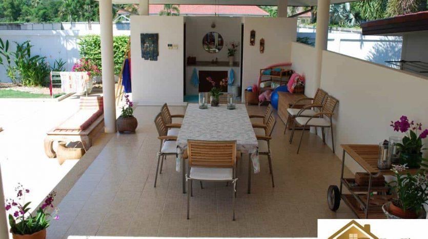 Stunning 3 Bed Hua Hin Villa With Magnificent Mountain Views
