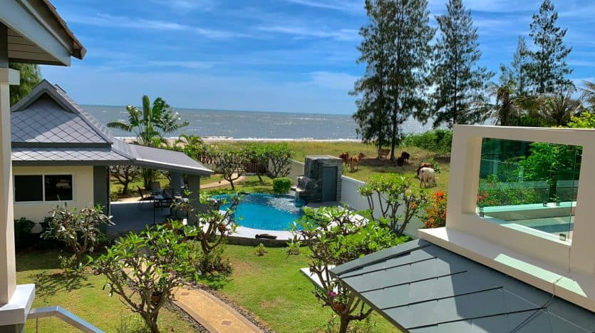 Kui Buri beachfront Home With Private Beach Access