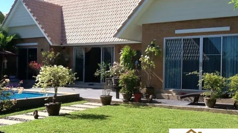 dusita-lakeside-resale-villa-hua-hin-soi-112-12