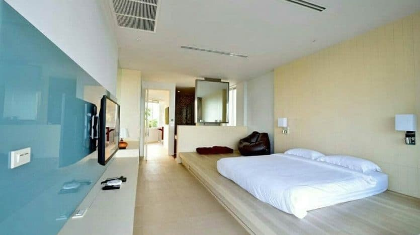 Hua Hin Beach Front Luxury Villa Feat. 5 Bed – Quality Living