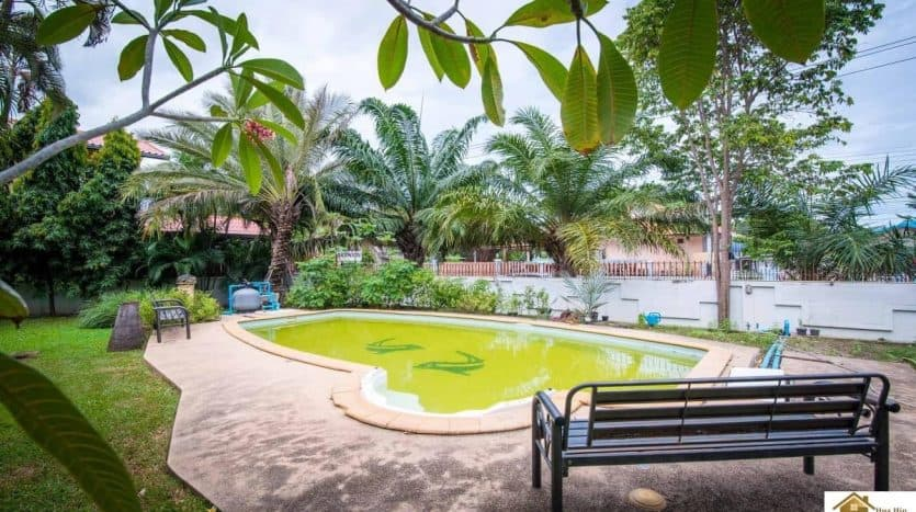 Massive 5 bedroom Villa In Prime Location Central Hua Hin