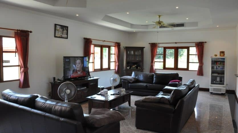 Value For Money 4 Bed Pool Villa In Prime Location Hua Hin