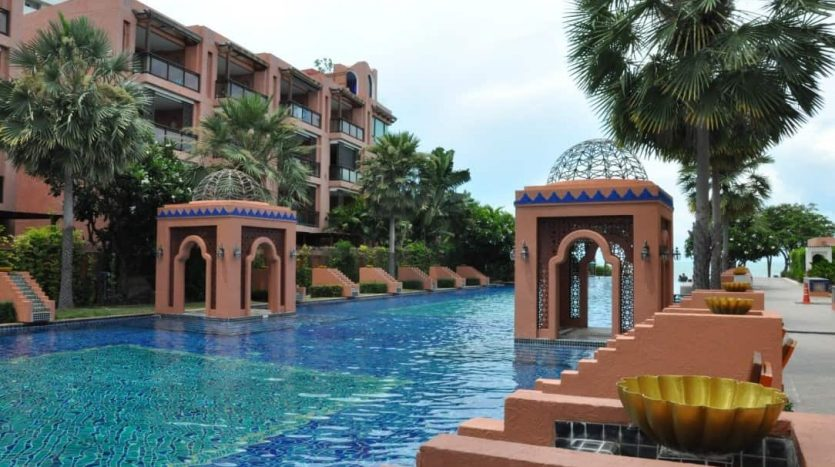Stunning Beachfront 1 Bed Condo Unit At Marrakesh Hua Hin