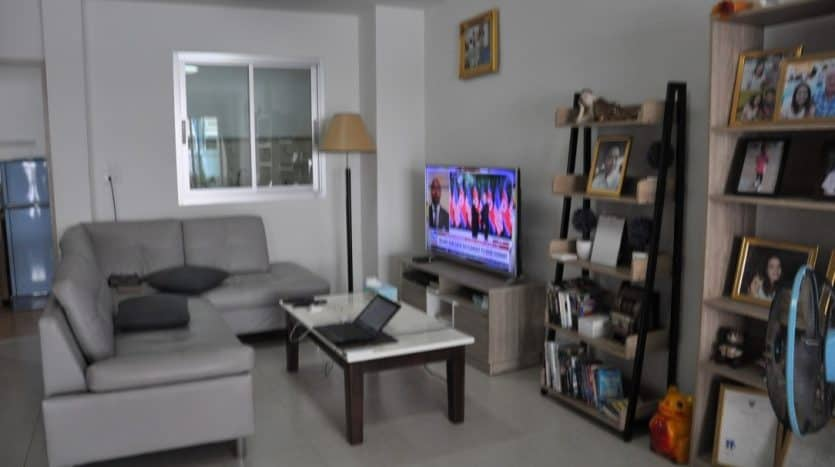 Central Hua Hin 3 Bed Townhome Close To Yamsaard Int. School