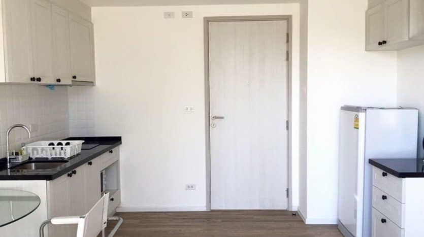 Fully Furnished Summer Hua Hin Condominium 1 Bed & 1 Bath For Sale