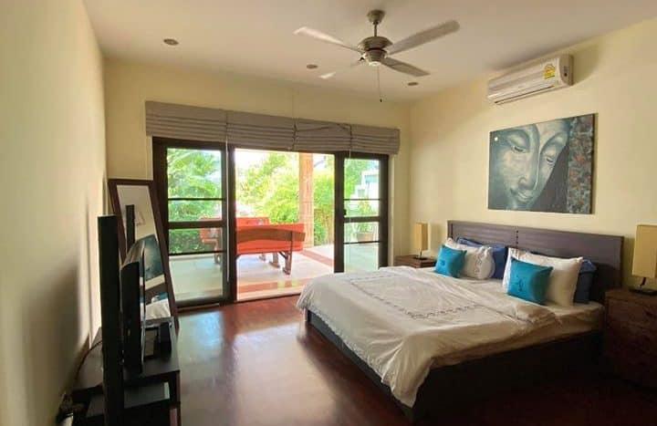 Spacious Private Pool Villa For Sale Hua Hin Golf Village