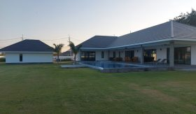 Large Pool Villa on 58 Rai Project In Hua Hin Soi 112